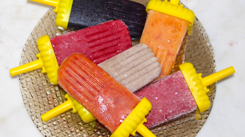 healthy popsicle recipe - christina carlyle